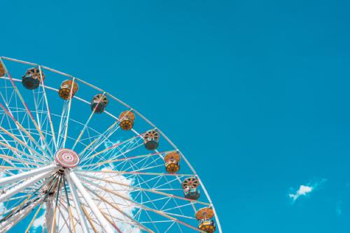 job tourisme parc d'attraction offre emploi